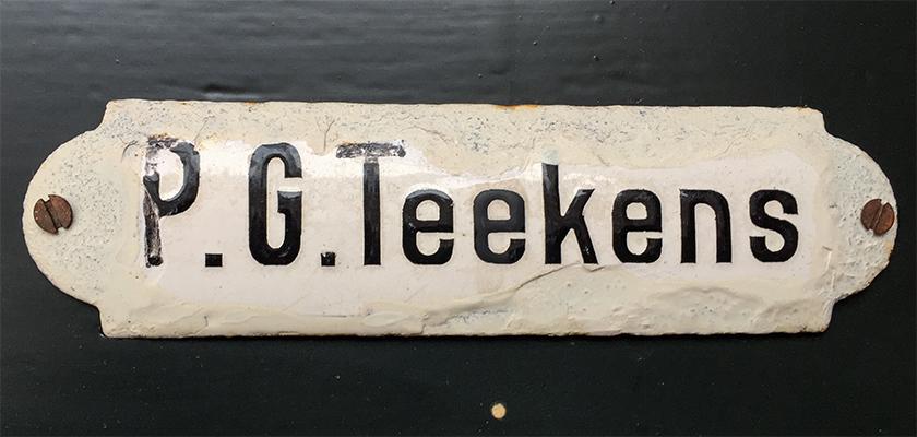 Naambordje P.G. Teekens